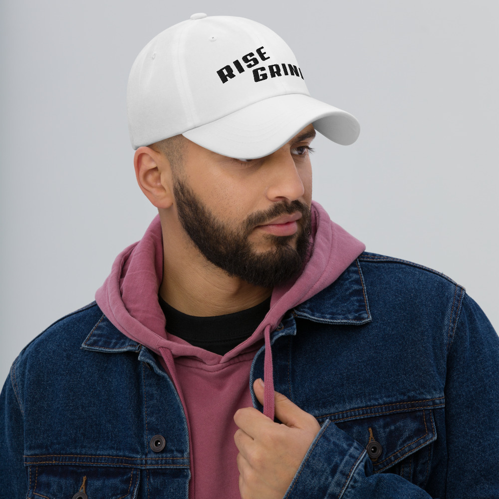 Rise Grind Poker Hat Male Model